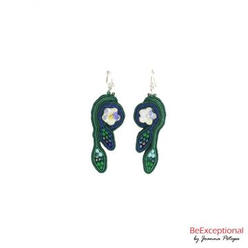 Hand embroidered earrings Jungle Alastria